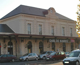 gare de biarritz. Black Bedroom Furniture Sets. Home Design Ideas